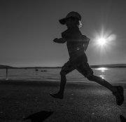 człowiek podczas biegania