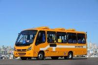 nowoczesny pomarańczowy bus